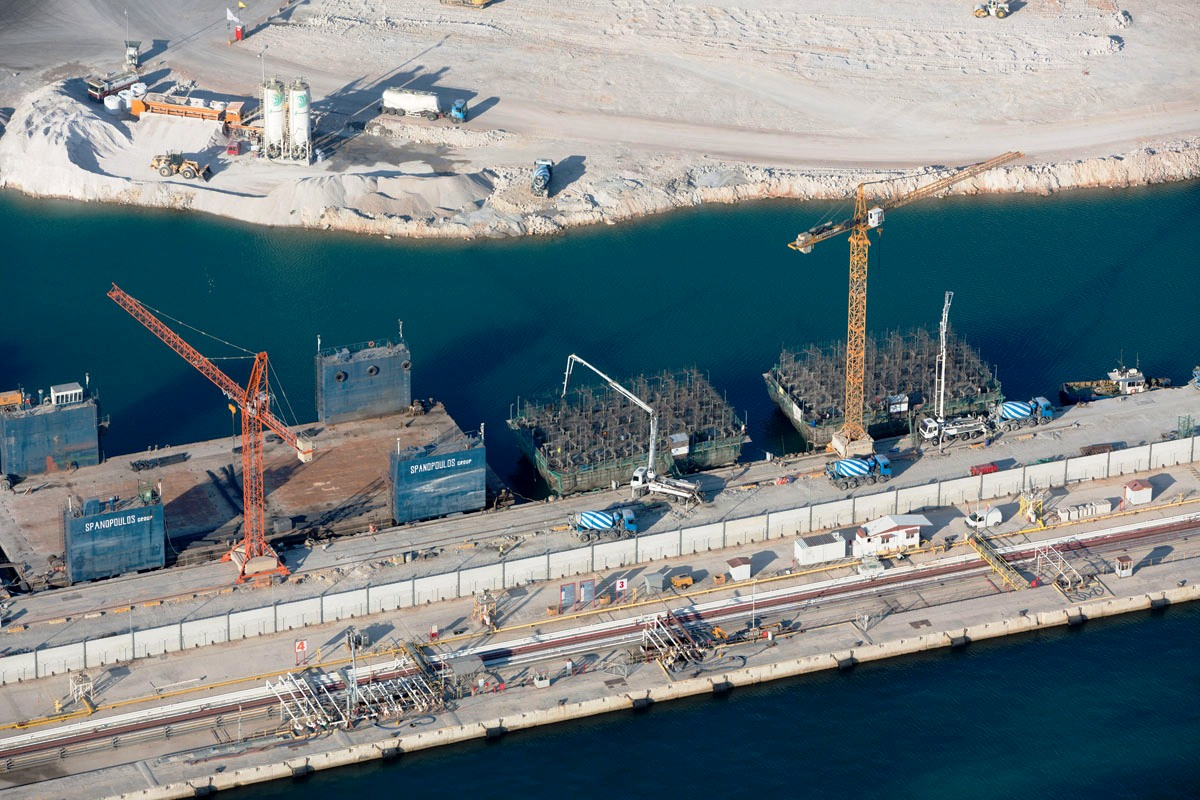 construction of pier iii in Piraeus, Greece