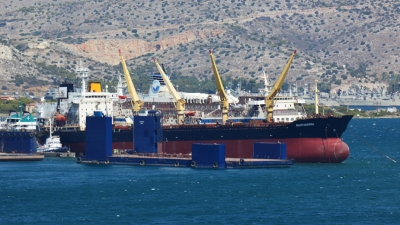"BERTHING OF BULK CARRIER ""PANTANASSA"""